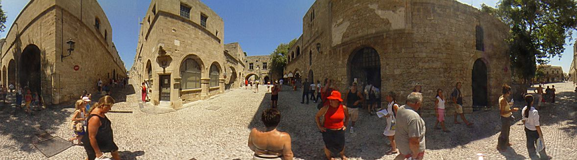Rhodes Old Town, Museum square, Ippoton street ...